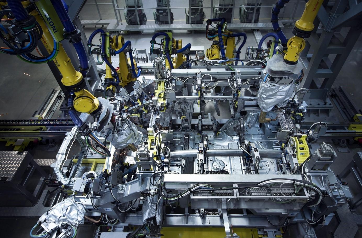 理想常州制造基地-焊接.jpg